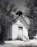 A tiny Episcopal church on El Toro Road quite near the business center at Leisure World, Laguna Hills. This church later moved to Heritage Hill Park.
