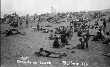 Crowds on Beach, Balboa 115