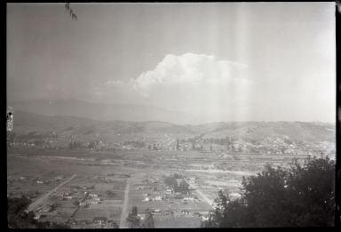 Los Angeles River, homes, hills