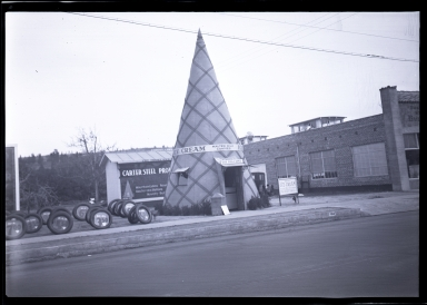 The Big Cone ice cream store, Pico Boulevard and Victoria Avenue