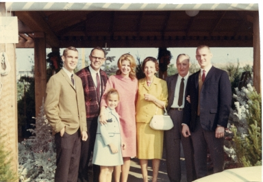 Steven Amling, Ray Amling, Anne Amling, Virginia Seemann, Clara Zimmerman, John Seemann, & Larry.