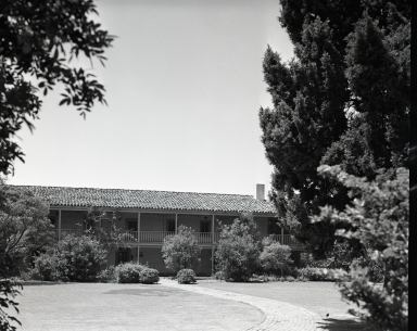 1947-48. Sill the home of the Bixby family. 1993 the site of a Research Library, part of Long Beach Public Library. Early California books and letters