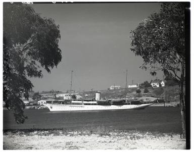 The large yacht <i>Vida</i> in Newport Harbor