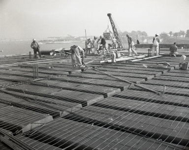 Construction of the Newport Balboa Savings and Loan building – second floor – forms and pour (680-681).