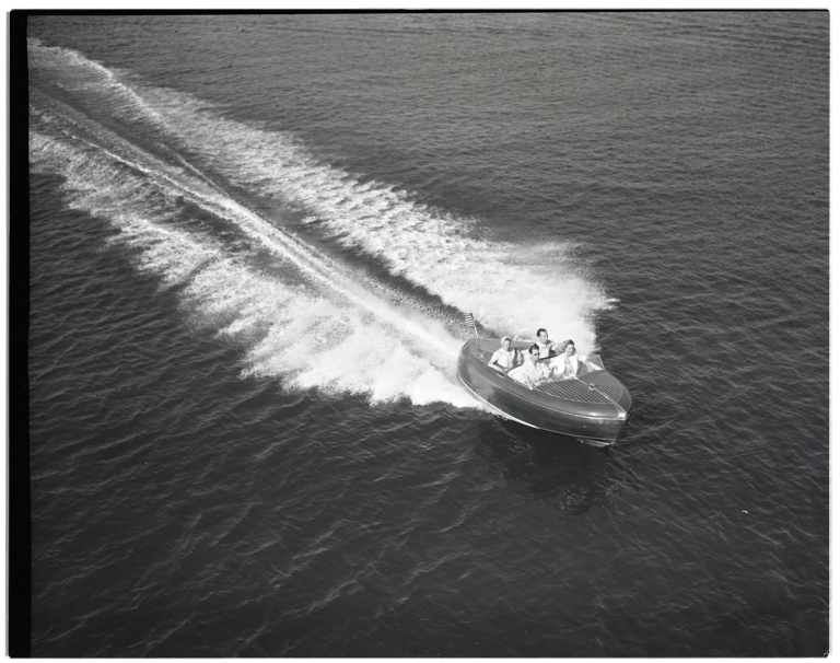 Overhead view of Western Fairliner <i>Torpedo</i>, with four passengers.